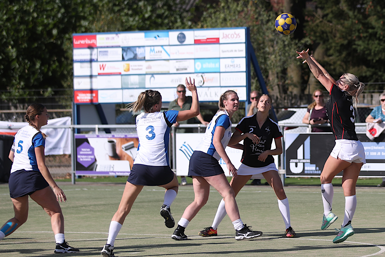 Dameskorfbal Topklasse Round-Up #1
