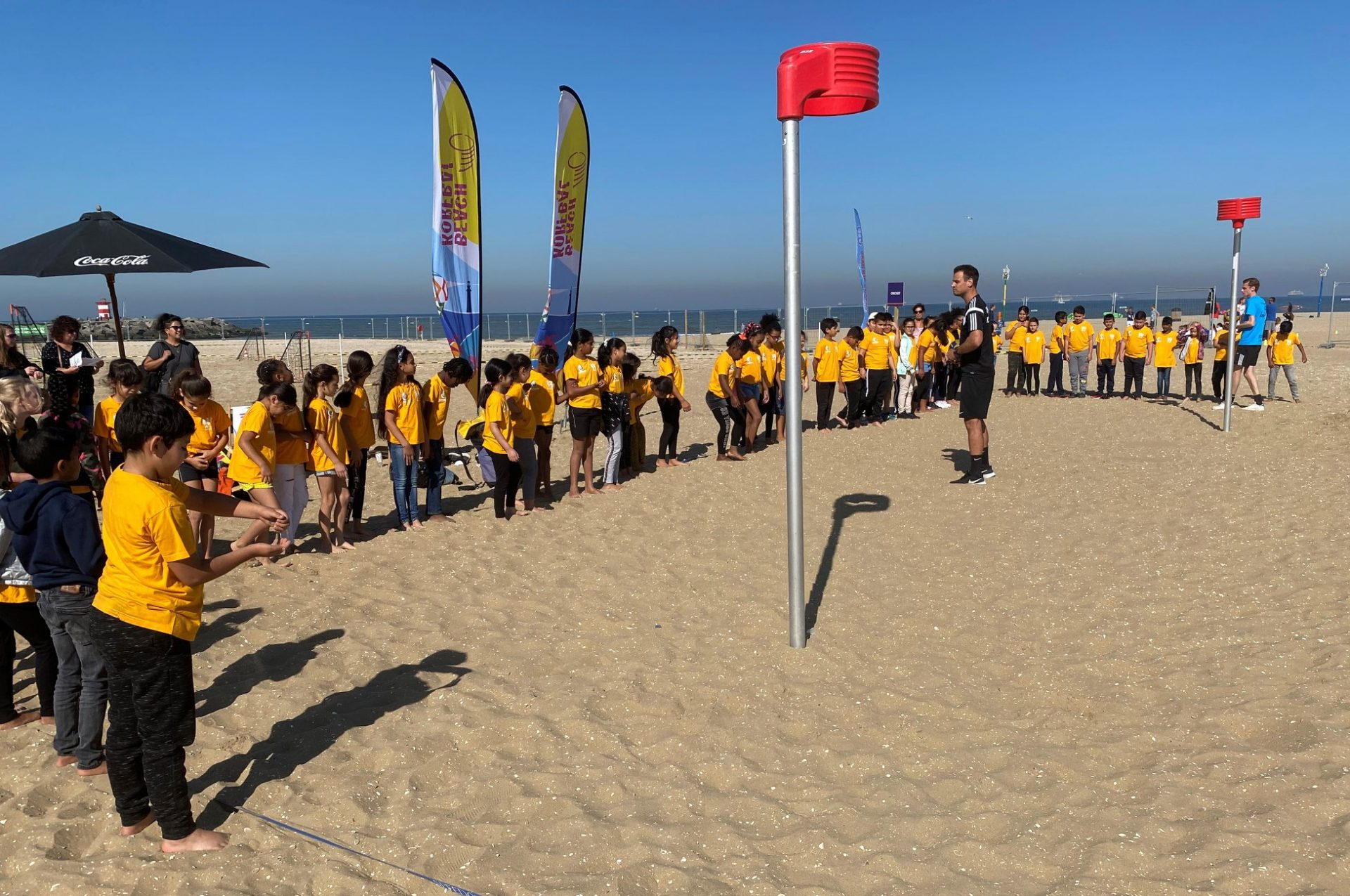 Beachkorfbalclinics Nationale Sportweek