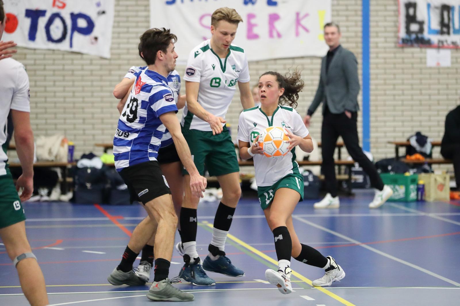 Van der Werff bij TeamNL Korfbal, selectiestatus voor Schuiling en Van Roekel