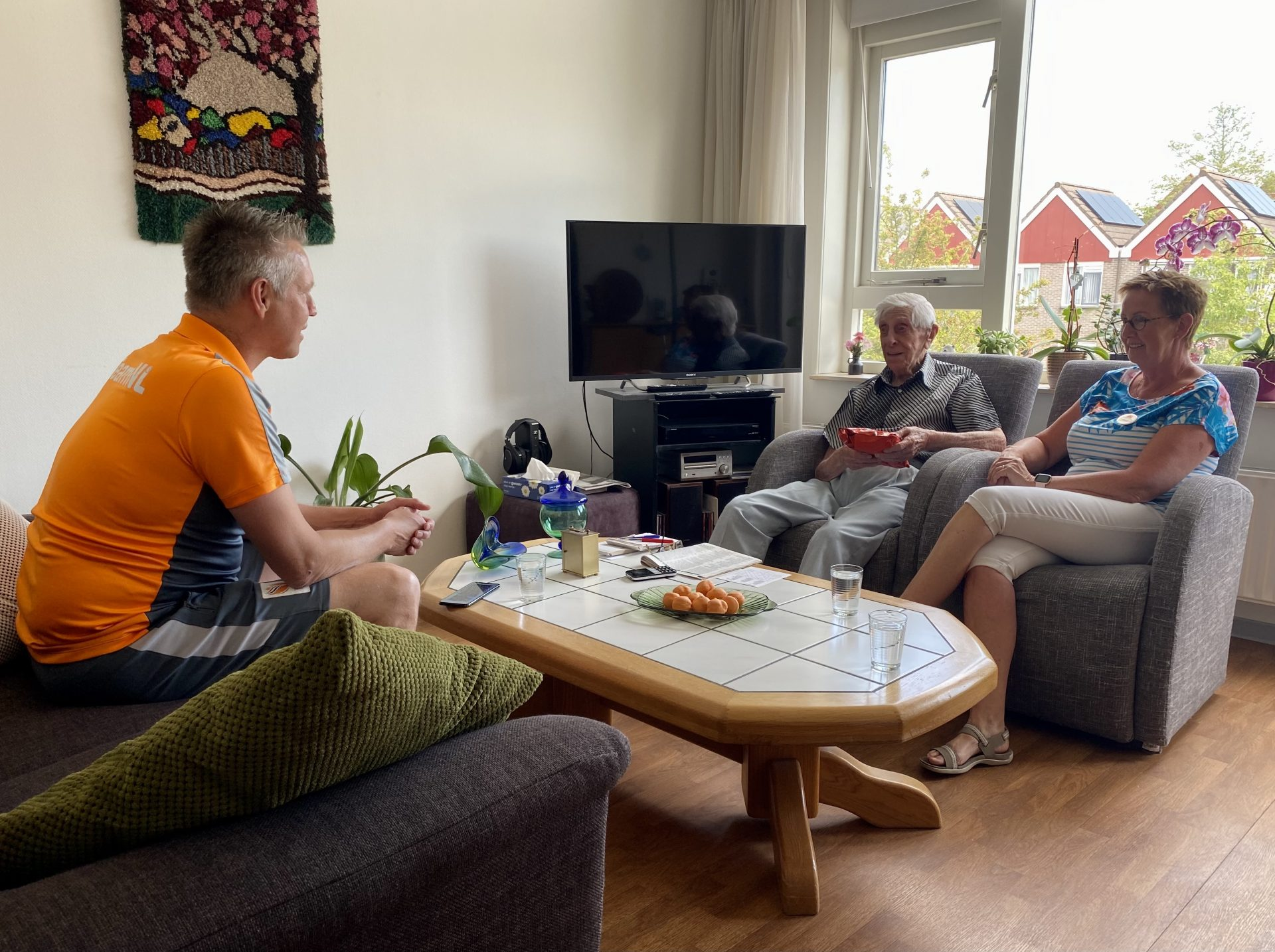 Niebeek verrast oud-international Schoonderwoert (102)